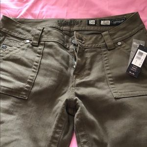 New Size 30 Miss Me Green mid rise Skinny Jeans